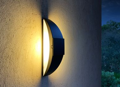 Outdoor wall lamps - sunlight MOON LINE - LYX LUMINAIRES