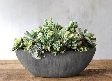 Pottery - SAND FIBER - Low Oval Shape Vertical Scratched Planter - NEXX DECOR LTD