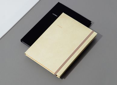 Stationery - NOTEBOOK (With Closure) - LACONIC