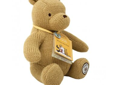 Gifts - Winnie Classic Crochet Plush - PETIT POUCE FACTORY