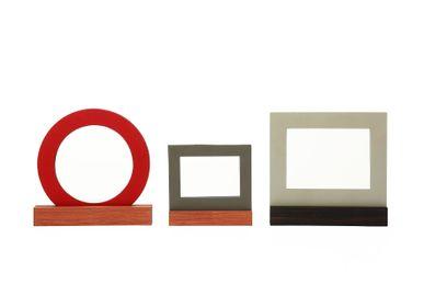 Cadeaux - O - Frame (grand) - TONUCCI MANIFESTO DESIGN