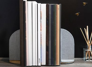 Design objects - FLIP Bookend - GUDEE