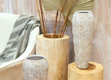 Vases - Sellettes tronc en bois et feuilles déco palmes  - AMADEUS