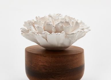 Unique pieces - Essentiel oil diffuser- Carnation flower - ANOQ
