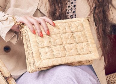 Bags and totes - JULIETTE clutch bag - crochet and embroidery in natural raffia - SANABAY PARIS