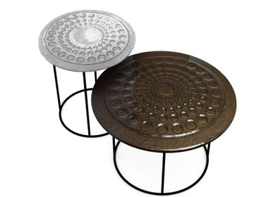 Objets design - Tables basses en verre coulé DROPS - BARANSKA DESIGN