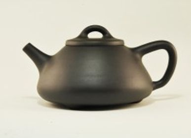 Tea and coffee accessories - Black Clay Teapot - TERRE DE CHINE