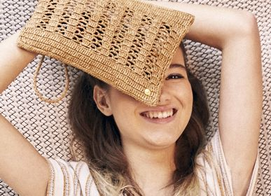 Gifts - JANE pouch in raffia and its removable handle - SANABAY PARIS