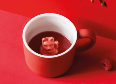 Children's mealtime - Maneki Neko / Lucky Mug red - DONKEY PRODUCTS