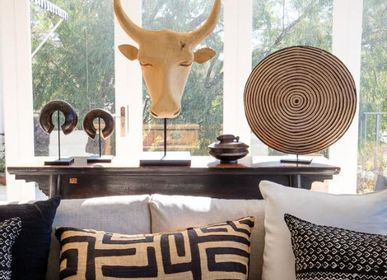 Decorative objects - African wooden shield or zulu shield or wooden shield - SUBLIME JUJU HAT