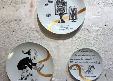 Other wall decoration - Wall installation of illustrated plates CURIOSITE - VERONIQUE JOLY-CORBIN