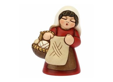 Nativity scenes and santons - Woman knitting Classic crib - THUN