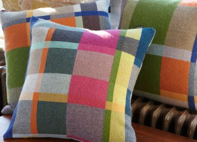 Fabric cushions - Block Cushion Gwynne - WALLACE SEWELL