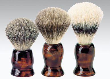 """Cosmétiques - Brosse à raser blaireau et accessoires """"Jaspe'"""" - KOH-I-NOOR ITALY BEAUTY"""