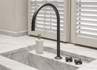 Kitchen taps - Faucet Times - RVB - BELGIUM IS DESIGN
