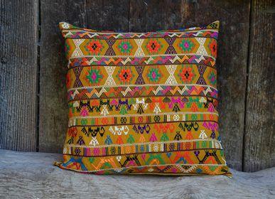 Fabric cushions - Cushion SERRA - BHUTAN TEXTILES
