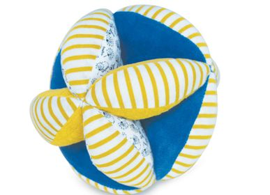 Soft toy - GRIP BALL WITH RATTLE - 15 cm - DOUDOU ET COMPAGNIE