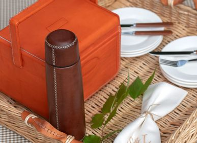 Design objects - Thermo covered in leather - SOL & LUNA