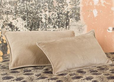 Fabric cushions - KUMASI CUSHION - Luxury and comfort - ROSHANARA PARIS