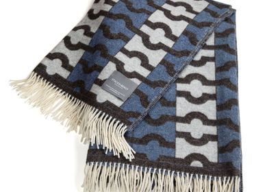 Throw blankets - 9092 Stackelbergs Wallpaper Blanket Blue, Bron & White - STACKELBERGS