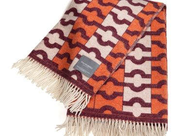 Throw blankets - 9102 Stackelbergs Wallpaper Blanket Orange, Bordeaux & Offwhite - STACKELBERGS