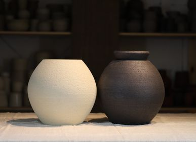 Decorative objects - Round pots - CERÂMICA ROSA MARIA