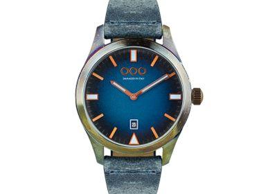Montres et horlogerie - BLEU 143 - OUT OF ORDER