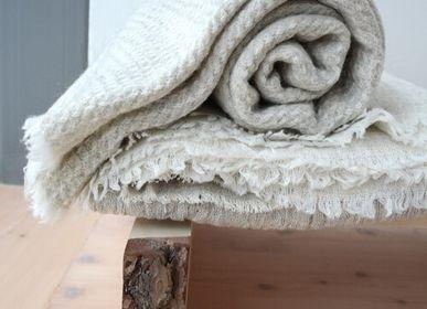 Design objects - Jurmo Finnish lambwool blanket  - BONDEN