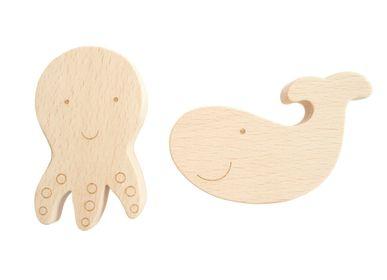 Design objects - Set of two beech wood hooks - BRIKI VROOM VROOM