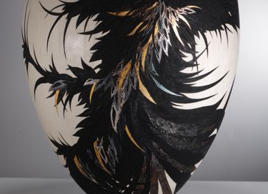 Decorative objects - Corvus Nero Collection - Lustrous Black - SALLY BURNETT DESIGNS IN WOOD
