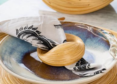 Decorative objects - VERSA bamboo handmade napkin ring for dinner table - BAMBUSA BALI