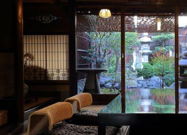 Sièges pour collectivités - Fauteuil de sol en rotin - TAKAOKAYA