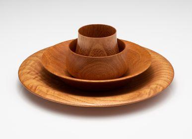 Formal plates - Paulownia wooden plate <FLOWER> - PAULOWNIA FURNITURE AZUMA CO.,LTD.