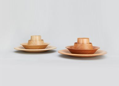 Assiettes de réception  - Ensemble d'assiettes en bois Paulownia <FLOWER> - PAULOWNIA FURNITURE AZUMA CO.,LTD.