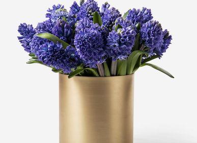 Vases - H. Skjalm P. Vase en laiton mat - H. SKJALM P.