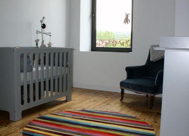 Bespoke carpets - tapis vache rond rayé  - TERGUS