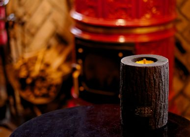 Gifts - VOLCANO M | Interior candle made of burnt wood, beeswax and natural oils - WOOD MOOD