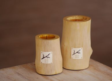 Gifts - VERBA S | Interior candle made of wood, beeswax and natural oils | Perfect gifting size - WOOD MOOD