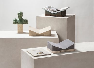 Design objects - LLOYD BOOKSTAND - GIOBAGNARA