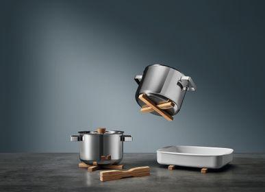 Kitchen utensils - 2 Magnetic trivets  - EVA SOLO