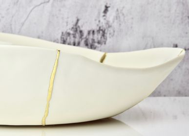 Gifts - KINTSUGI PLATES, LARGE BOWLS, WHITE PORCELAIN AND GOLD LEAF DECORATION - MAISON GALA