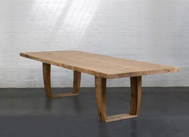Dining Tables - Oak table for Georia. Fall 2020 - JONATHAN FIELD