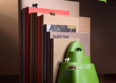 Gifts - Stationery : Bookend and Bookmark : Pencil sharpener  : Magnet  :100% recyclable. - QUALY DESIGN OFFICIAL