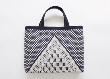 Bags and totes - EMBROIDERED TOTE BAG - HIROSAKI KOGIN INSTITUTE