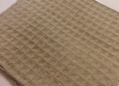 Throw blankets - TEXTURED BLANKETS/THROWS - DEMTEKS