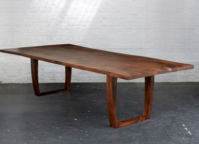 Dining Tables - Matching wavy English walnut table. - JONATHAN FIELD