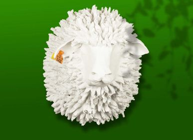 """Other wall decoration - White sheep trophy in papier-mâché - Sculpture - """"LE PICOT"""" - MARIE TALALAEFF"""