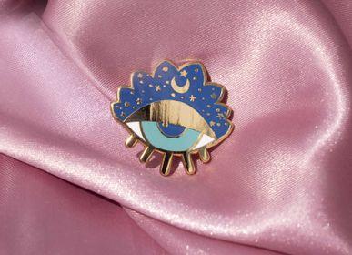 Apparel - Eye Pin - MALICIEUSE