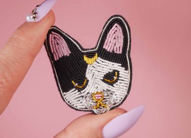Jewelry - Moon Cat Brooch - MALICIEUSE