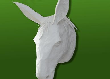 "Sculptures, statuettes and miniatures - White Mule Trophy in Paper Mache - Sculpture - ""MARTIN"" - MARIE TALALAEFF"